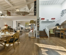 An amazing apartment in Oltrarno