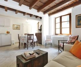 Carmine Apartment