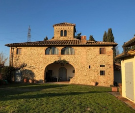 Casa di Romano, La Piazzetta